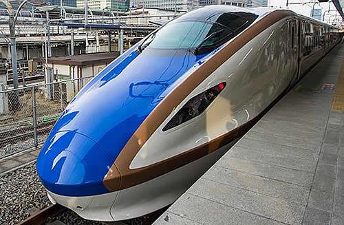 北陸新幹線 かがやき.jpg